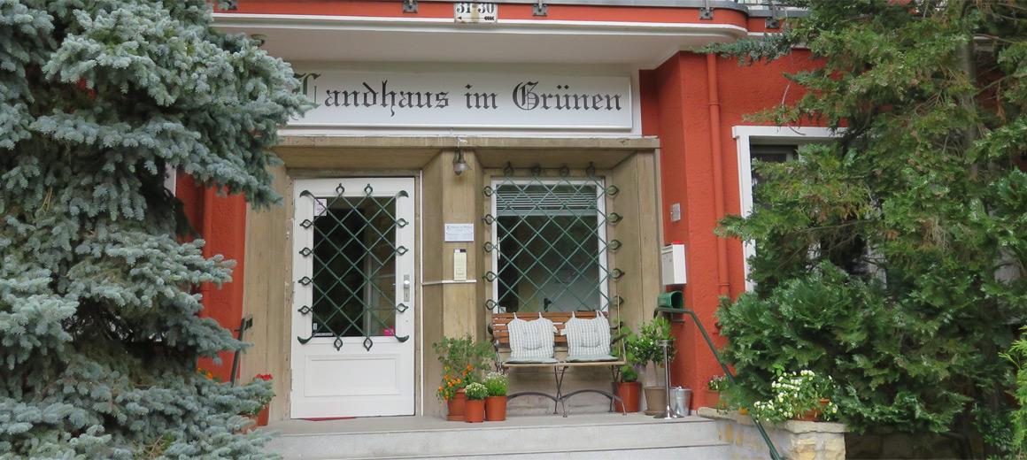 landhaus im gr nen pension in berlin waidmannslust. Black Bedroom Furniture Sets. Home Design Ideas