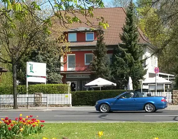 Welcome | Landhaus im Grünen – Pension in Berlin Waidmannslust